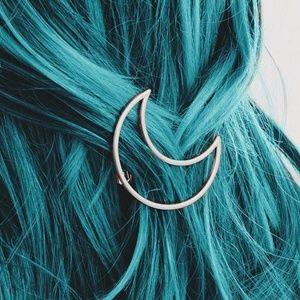 Accessories - Set of 2 Crescent Moon Clip Hair Barrettes